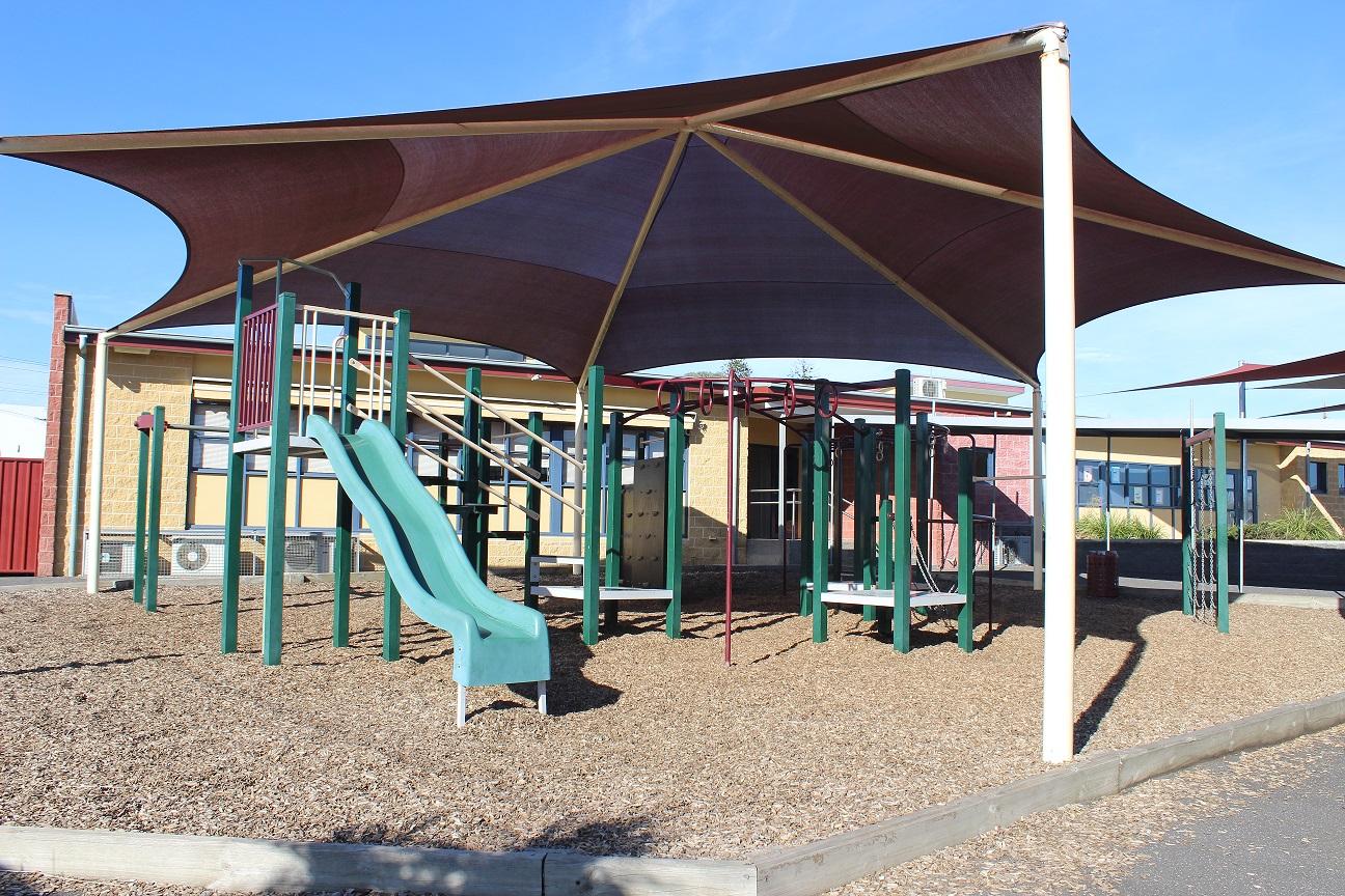 Grade 3-6 Playground